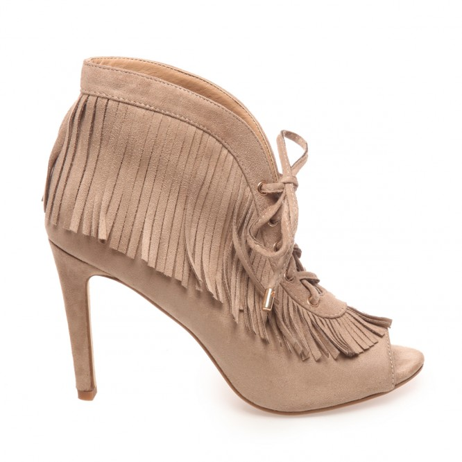 Low boots peep toes avec franges taupe