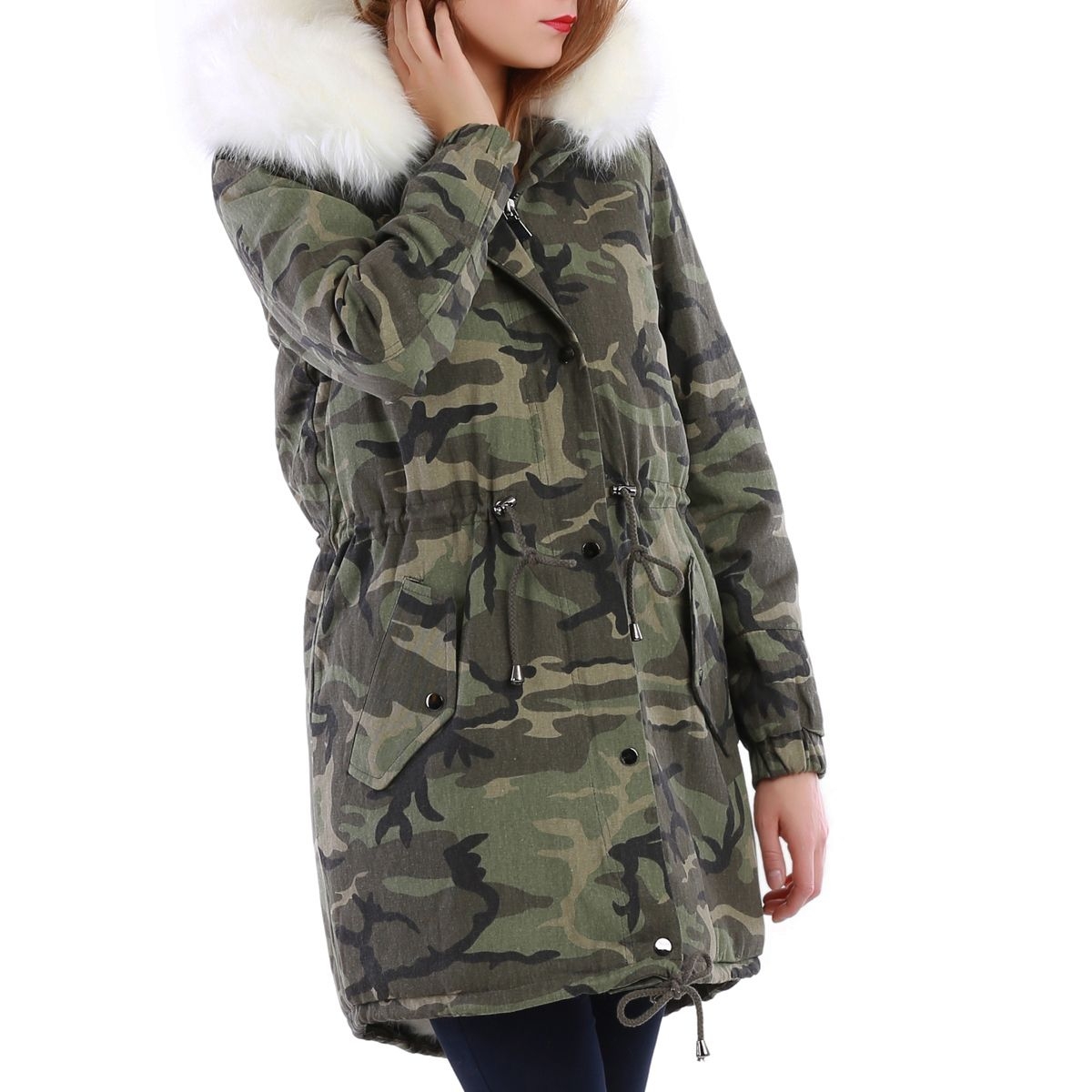 parka camouflage doublure fourrure blanche femme pas cher la modeuse. Black Bedroom Furniture Sets. Home Design Ideas