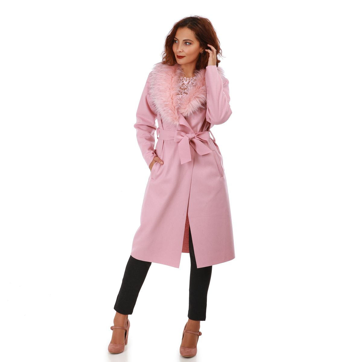 manteau long rose avec col en fausse fourrure pas cher la modeuse. Black Bedroom Furniture Sets. Home Design Ideas