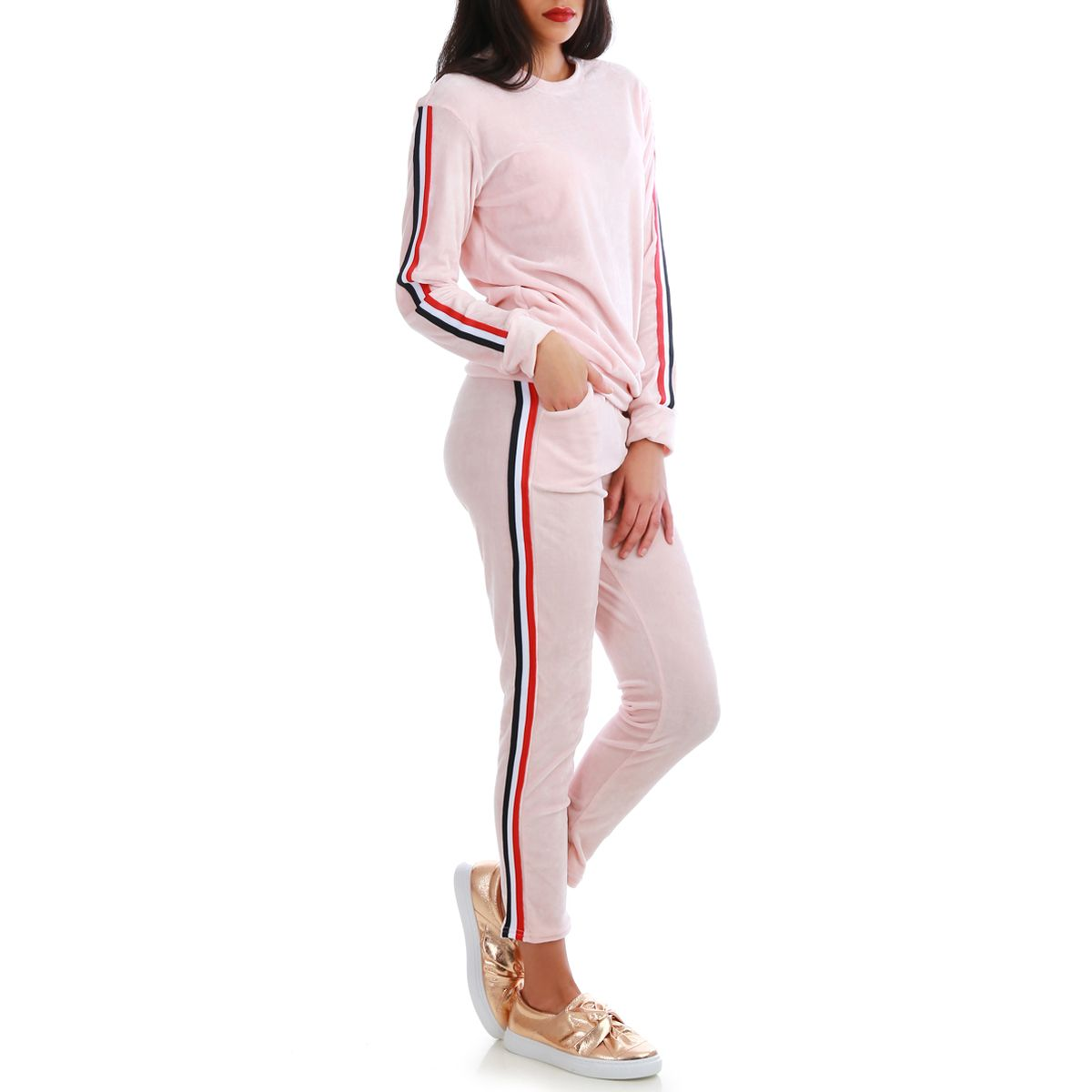 c65ecd2cb30a0 Ensemble sweat et pantalon de jogging rose à bandes tricolore. Loading zoom