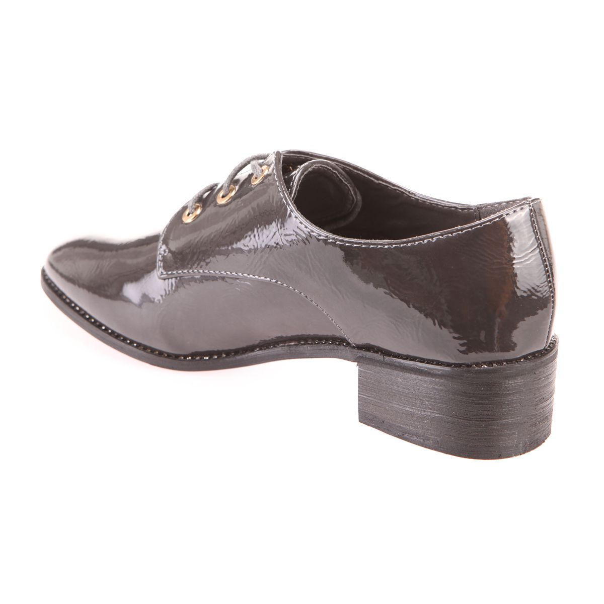 Derbies vernis gris à talon carré