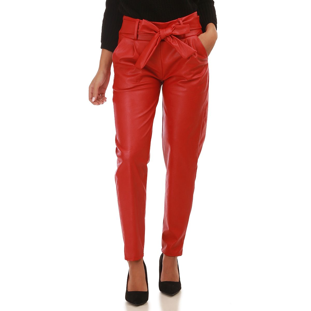 Pantalon cigarette en similicuir rouge