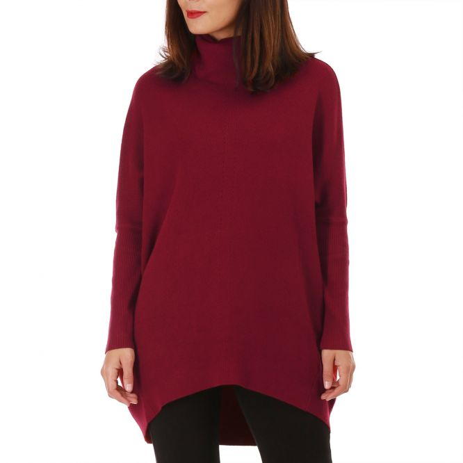 Pull long rouge col roulé