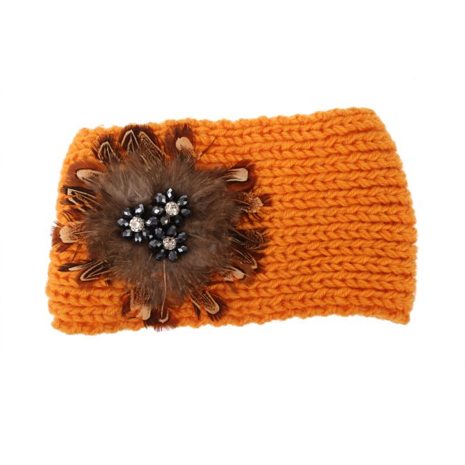 Headband orange en grosse maille décoré de plumes