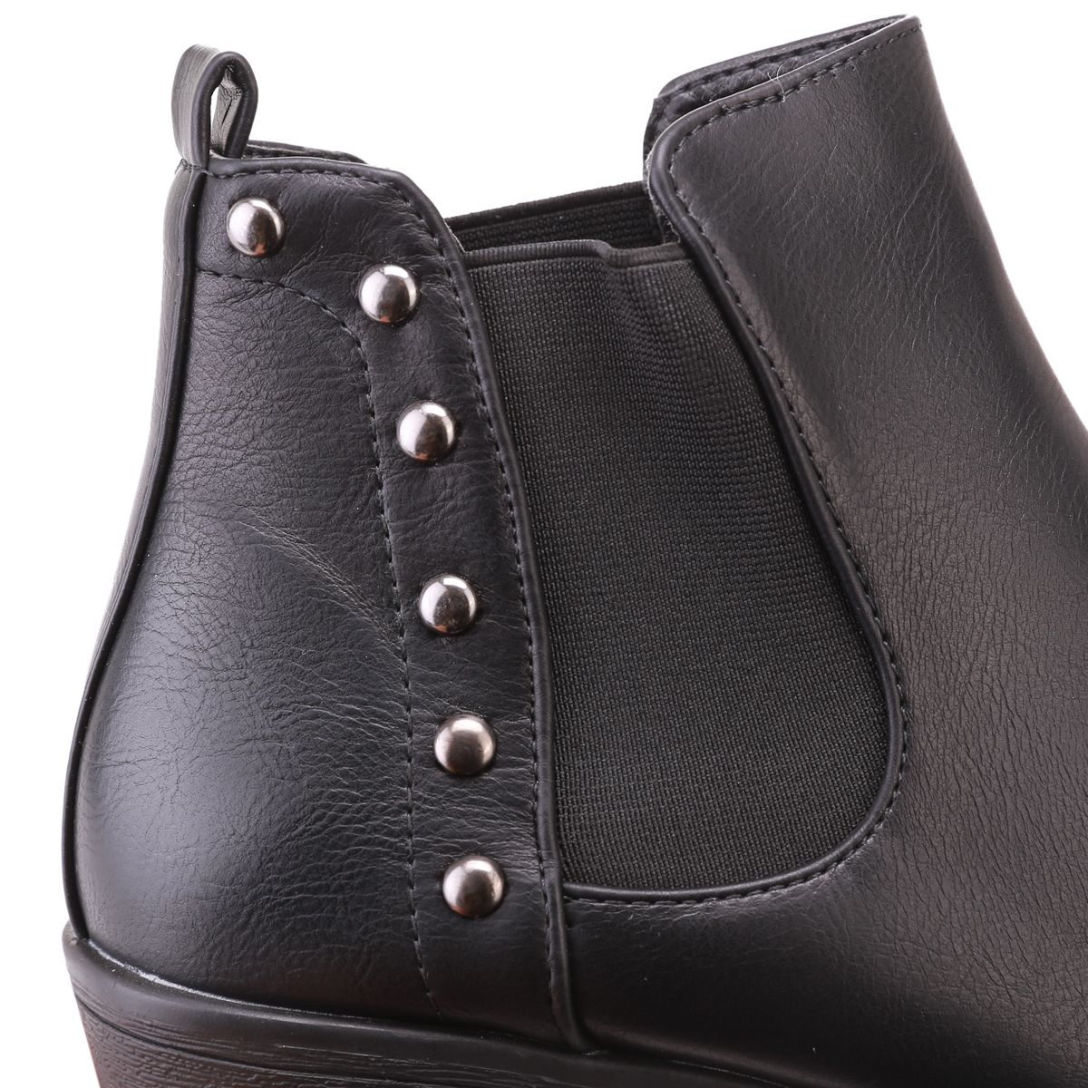 Bottines chelsea en simili cuir cloutées