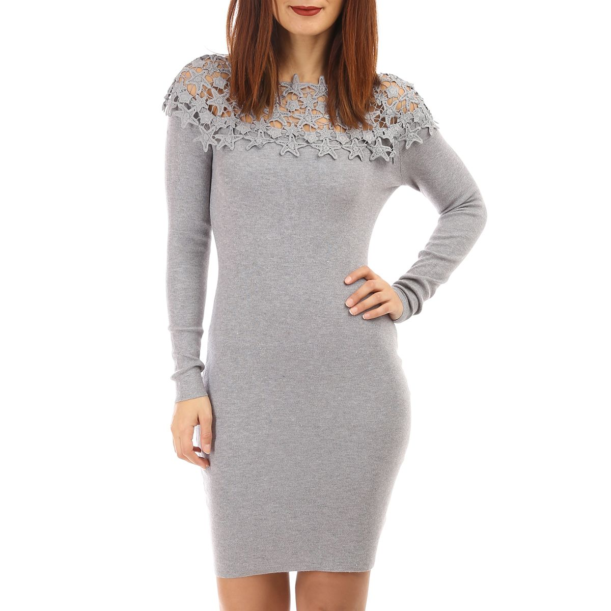 Robe pull grise avec broderies
