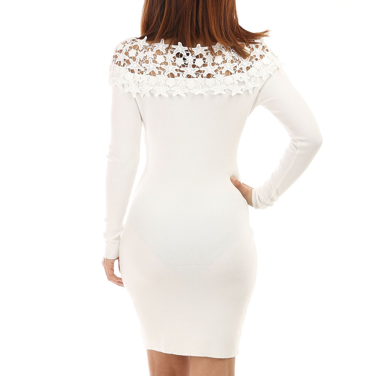 Robe pull blanche avec broderies