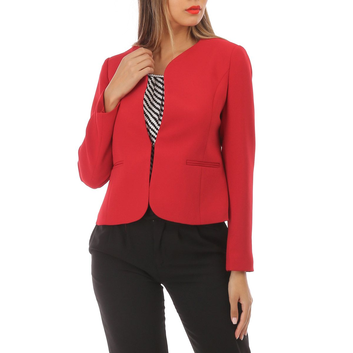 separation shoes d31ff 16dc1 Veste blazer rouge à col rond