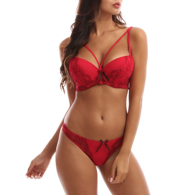 Ensemble lingerie rouge push up à brides