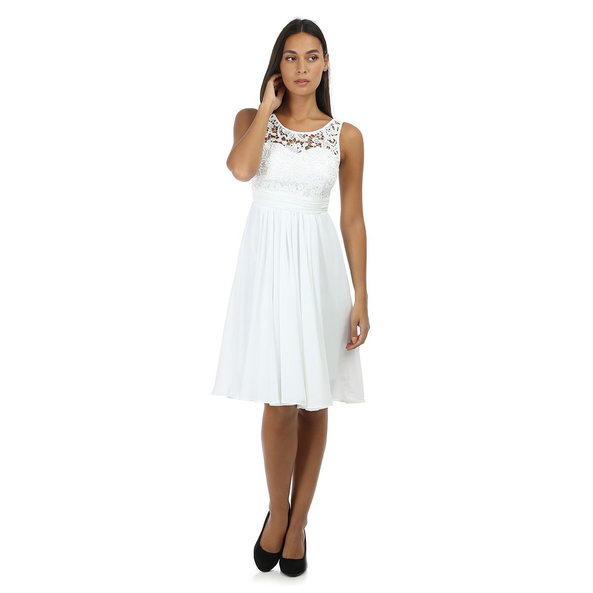 Robe patineuse blanche à bustier dentelle