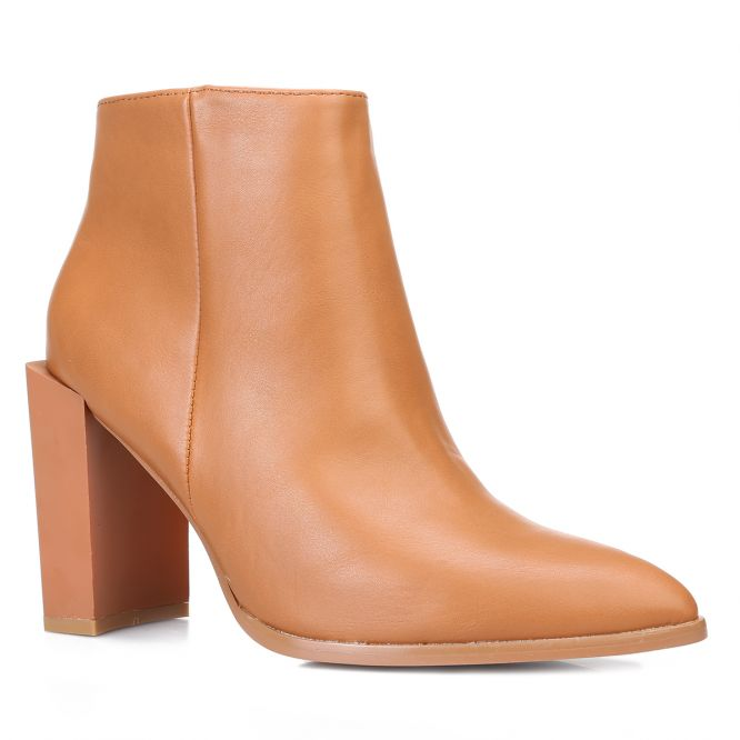 Bottines camel bout pointu et talon carré