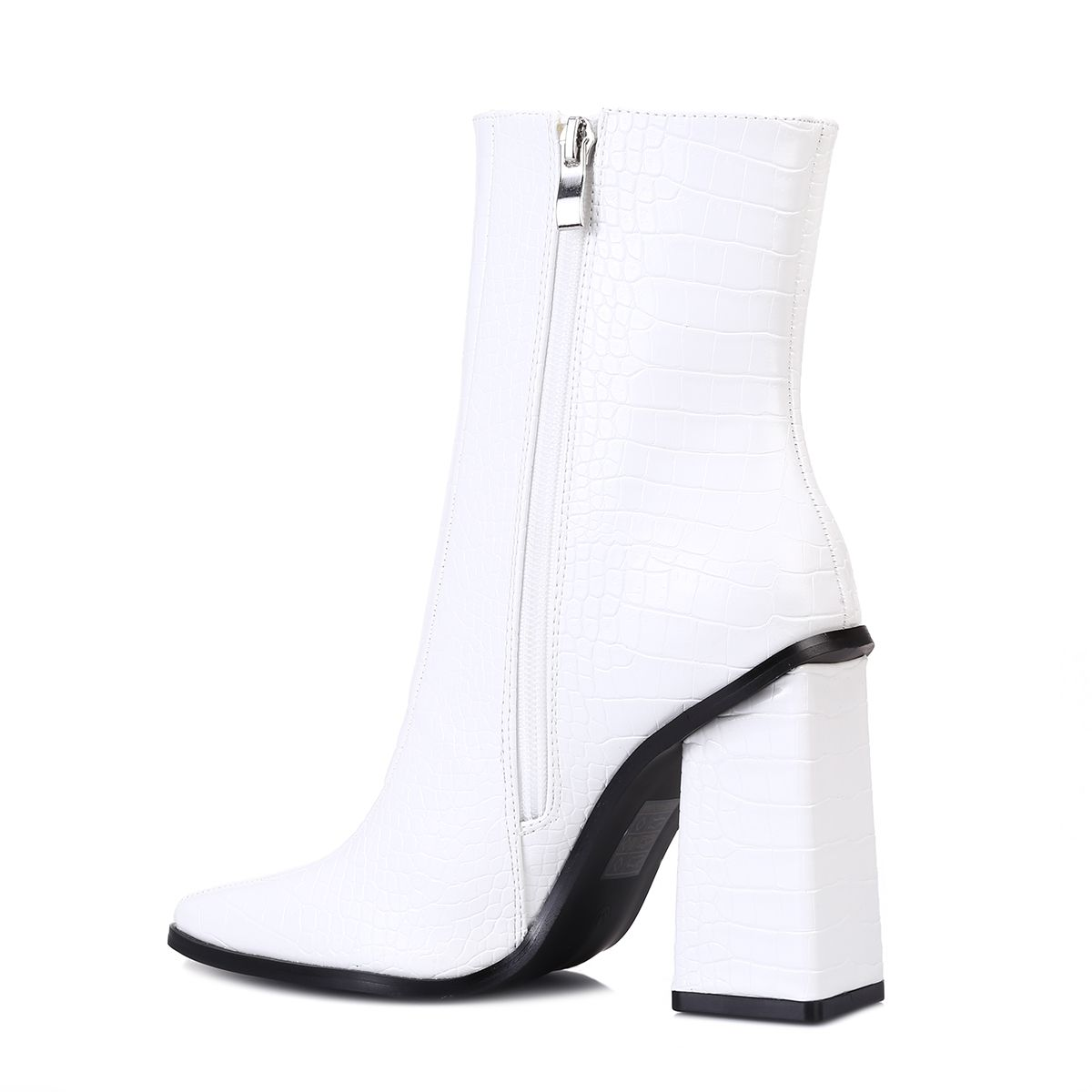 Bottines simili croco blanc à bout carré