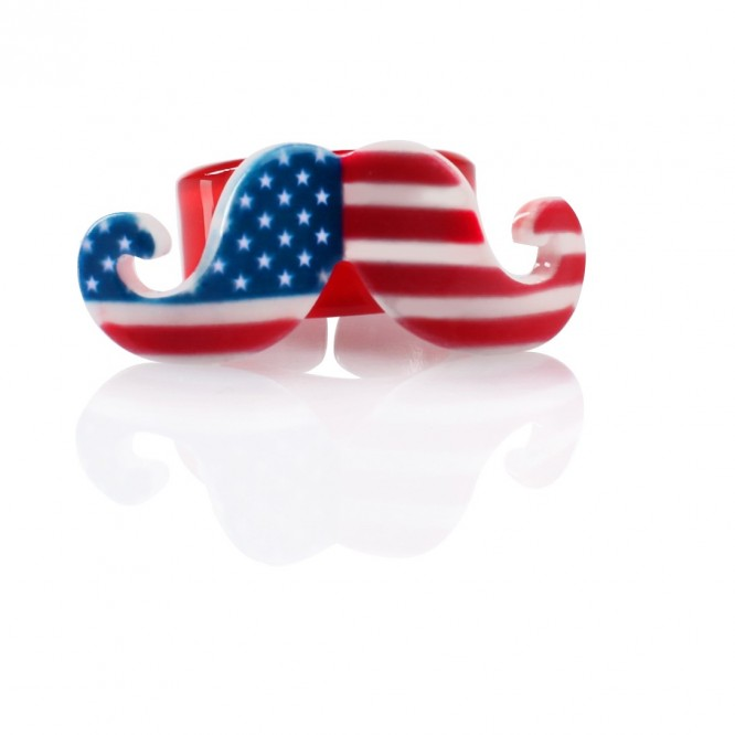 Bague moustache USA