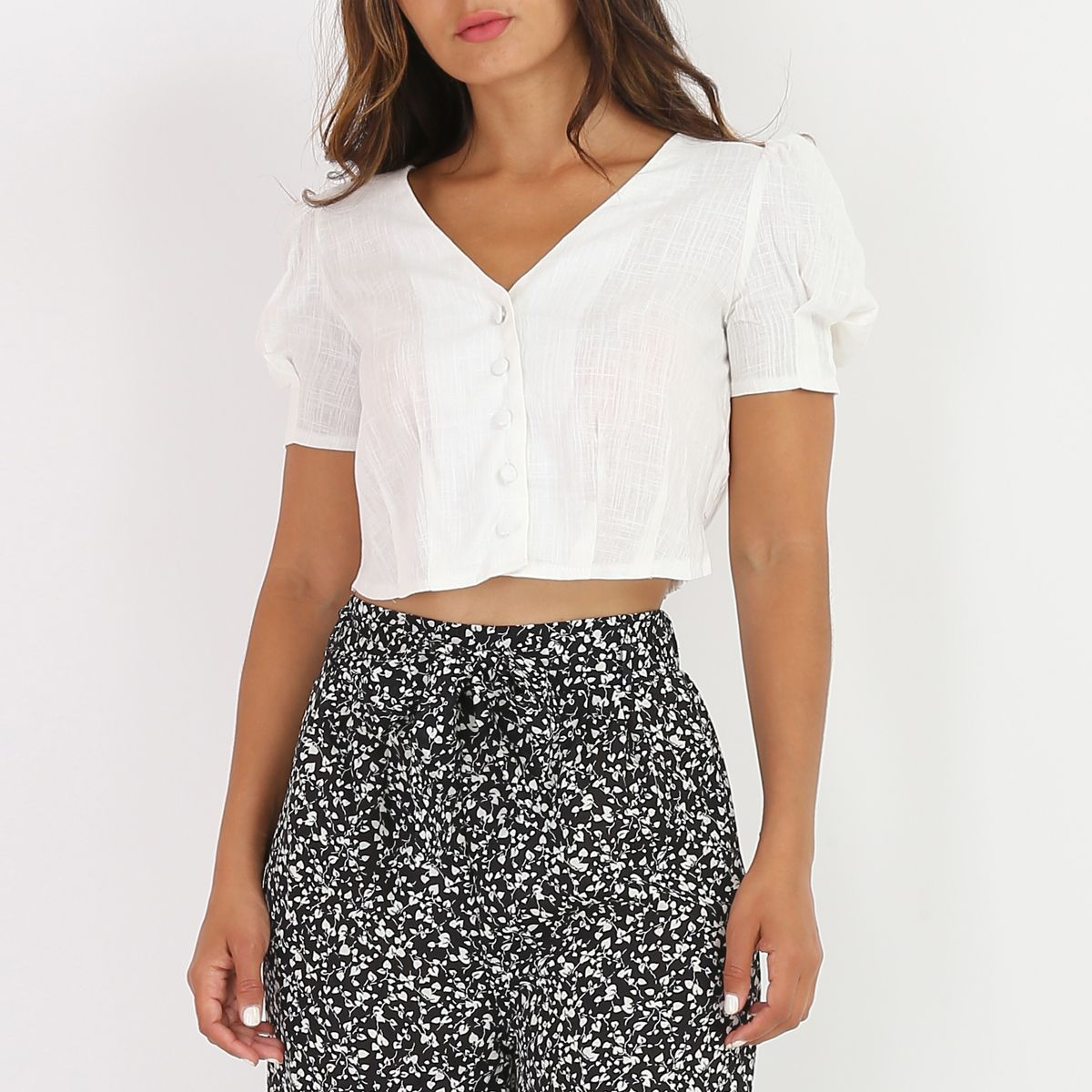 Chemisier cropped blanc style lin