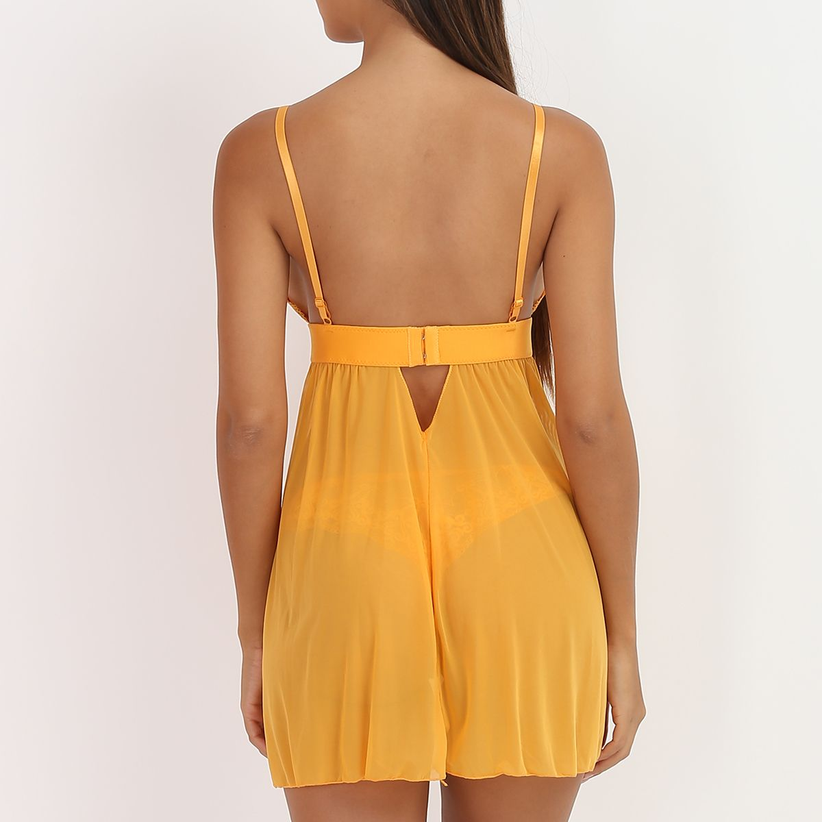 Ensemble moutarde nuisette triangle et string