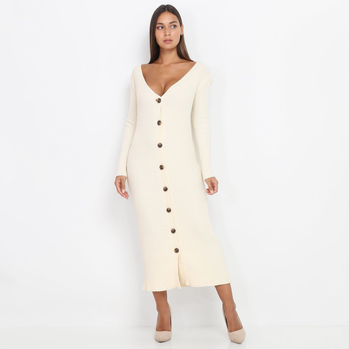 Robe pull beige à boutons