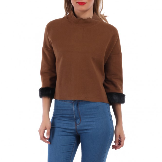 Pull court manches fourrure camel